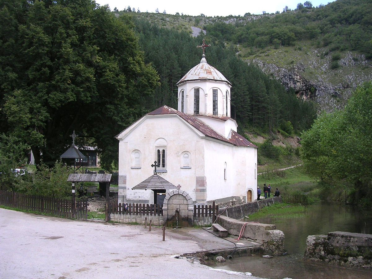 Црква у Штиткову