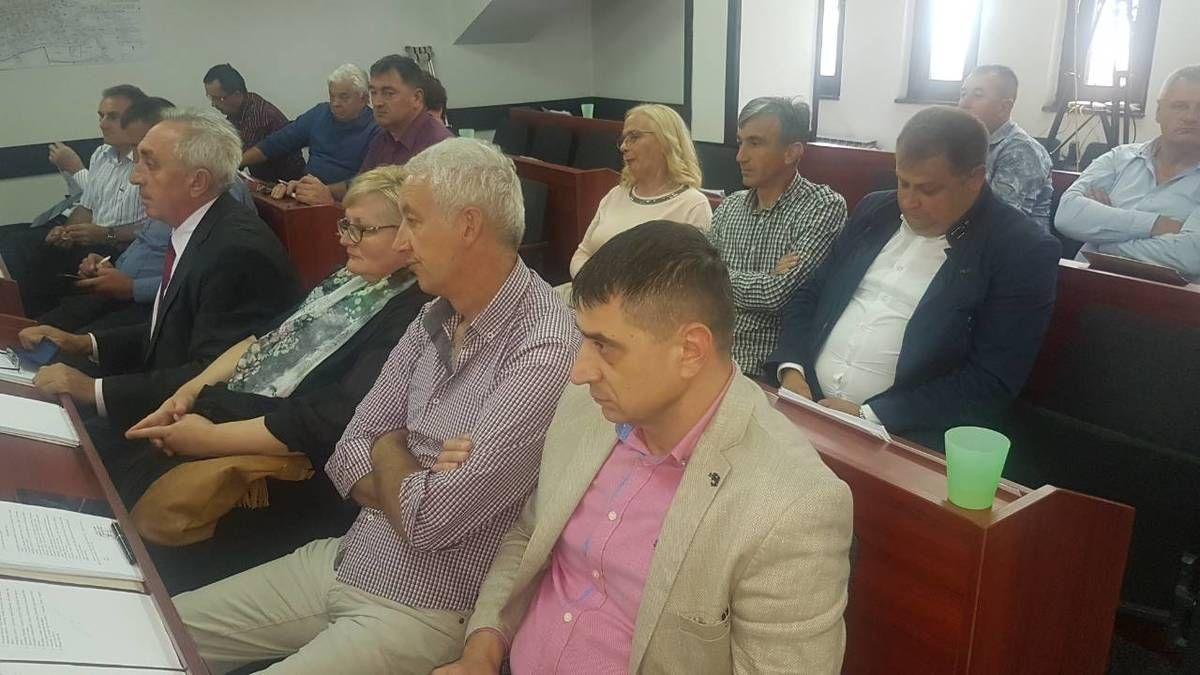 Детаљ са скупштине на којој је дошло до треће промене власти у Новој Вароши