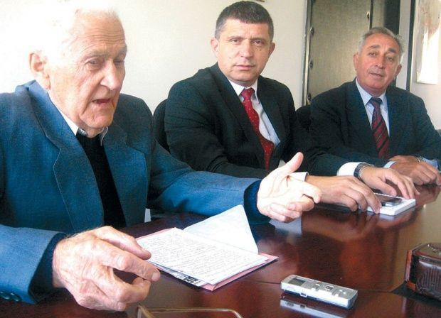 Selaković, Paunović i Dilparić protiv referenduma