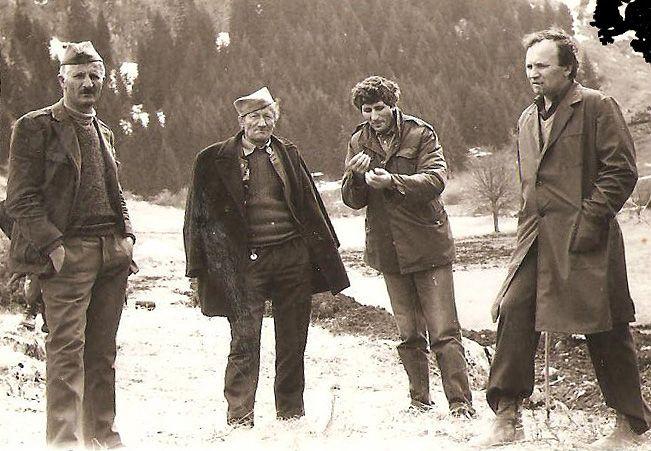 Potomci Matovića i šumari, prilikom gradnje puta pre tri decenije