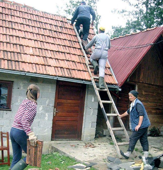 POMOĆ Radovi u zaseoku Selakovići