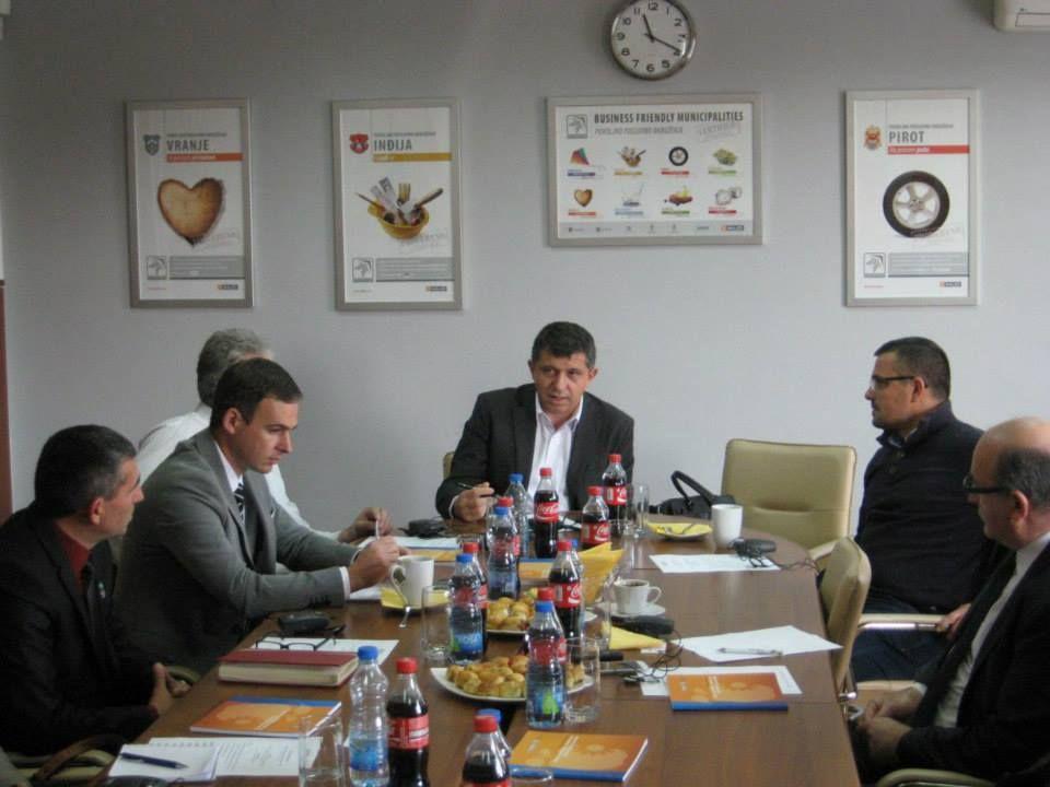 Dimitrije paunovic na kafi sa investitorom