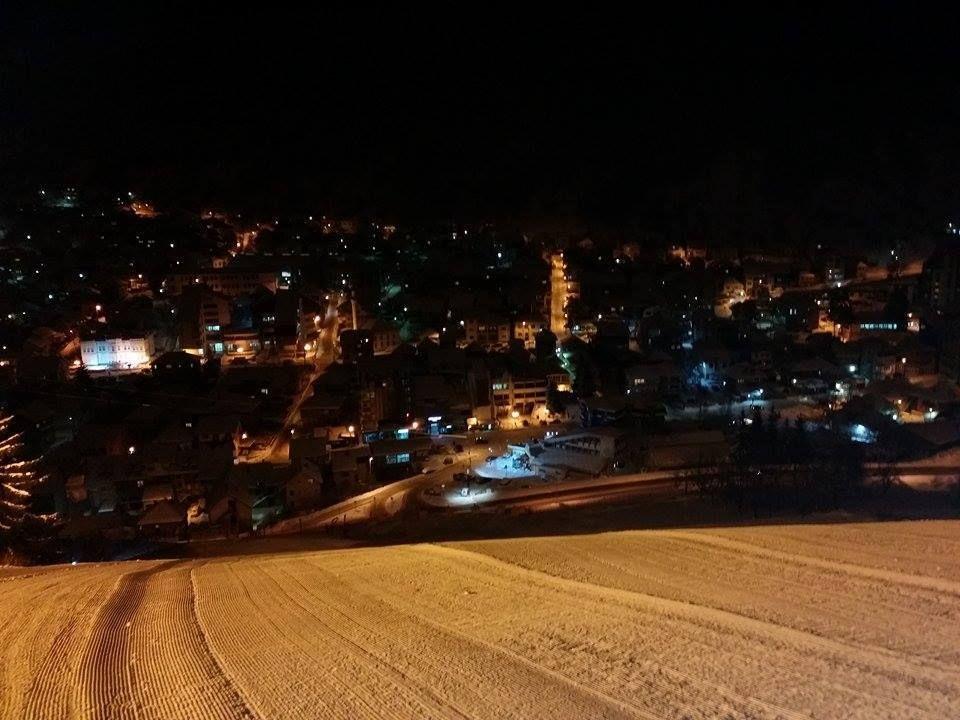 Noćno slijanje, Skijaliste Zlatar