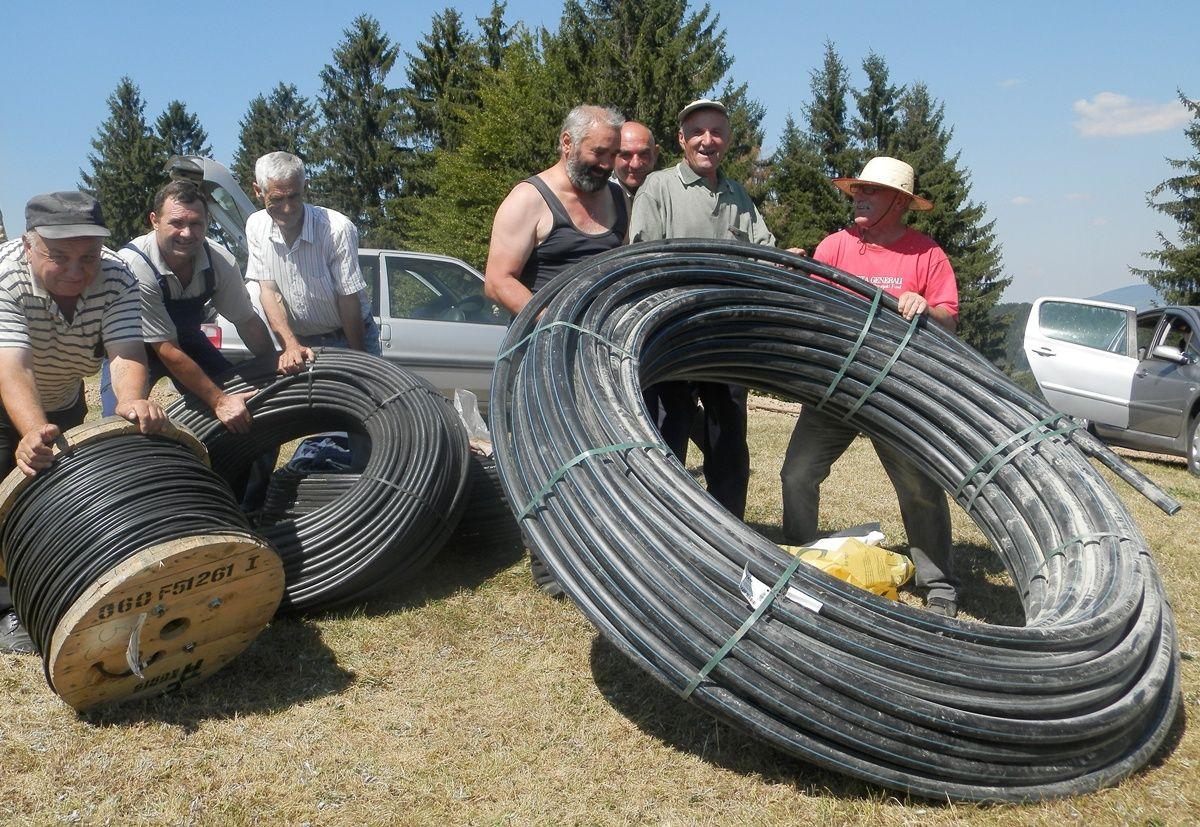 Radove na vodosnabdevanju završlili za tri dana - meštani sela Vilovi