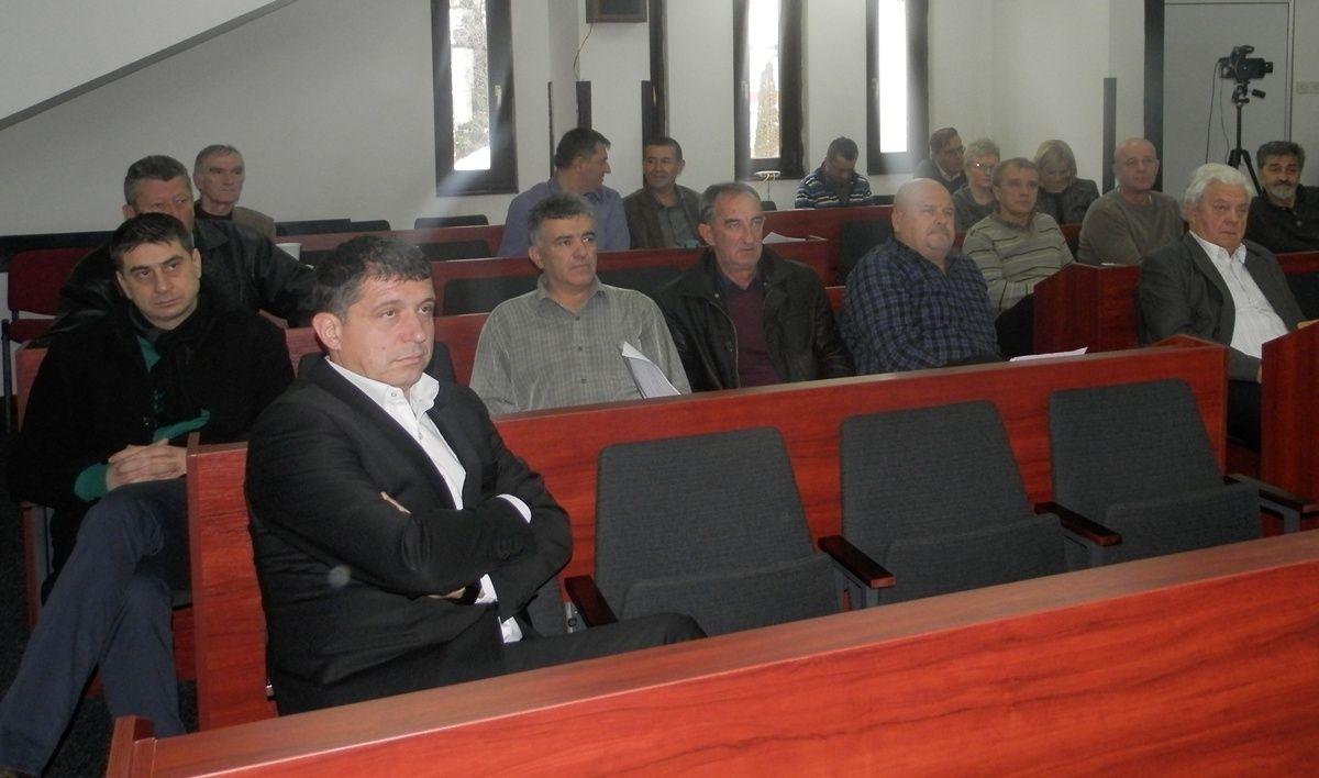 Sednica skupstine opstine i Dimitrije Paunovic