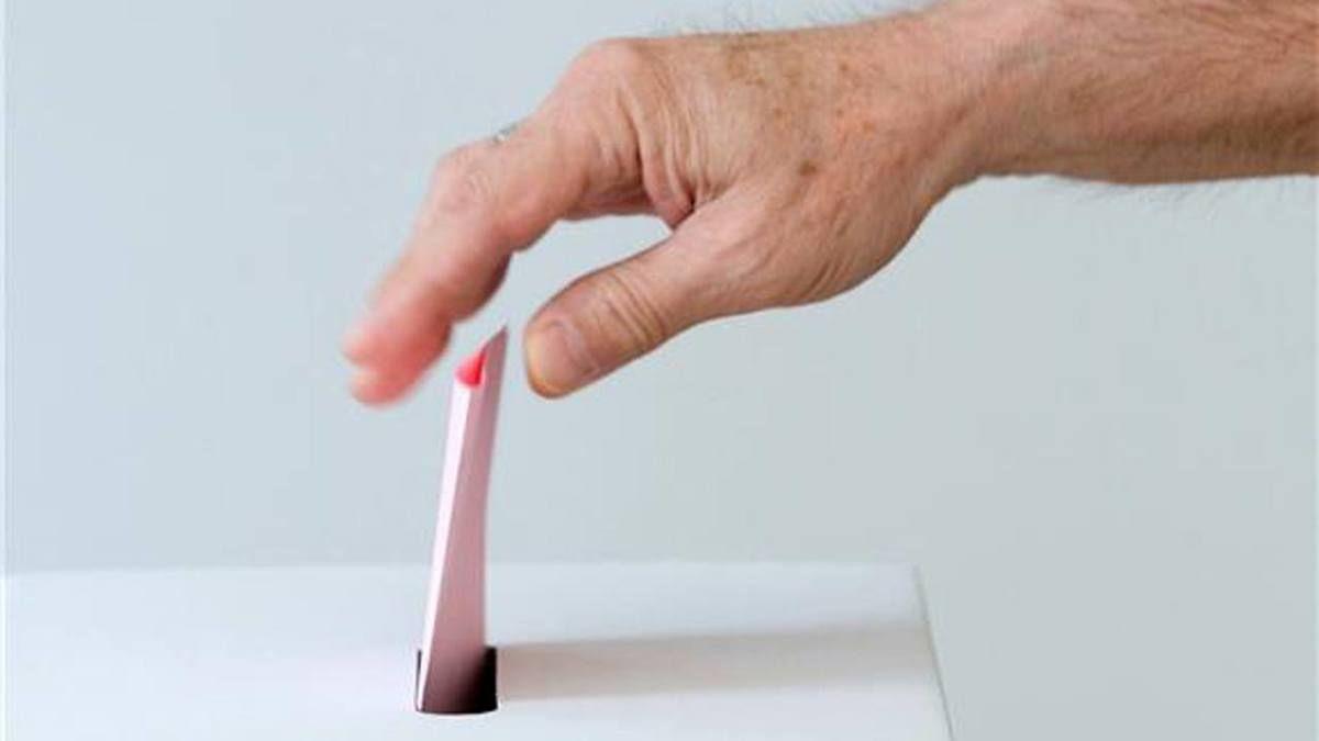 glasacka kutija listic glasanje