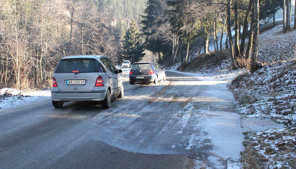 Бег од леда - вожња левом страном пута