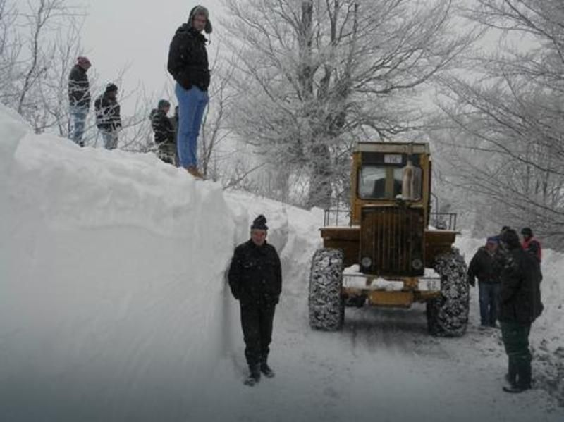 Jasenovo i Bela Reka - Smetovi i po 2 metra