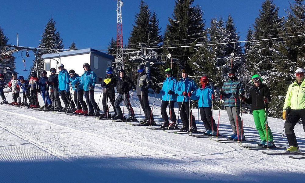 Чланови ПСД Златар на ски стази Златар
