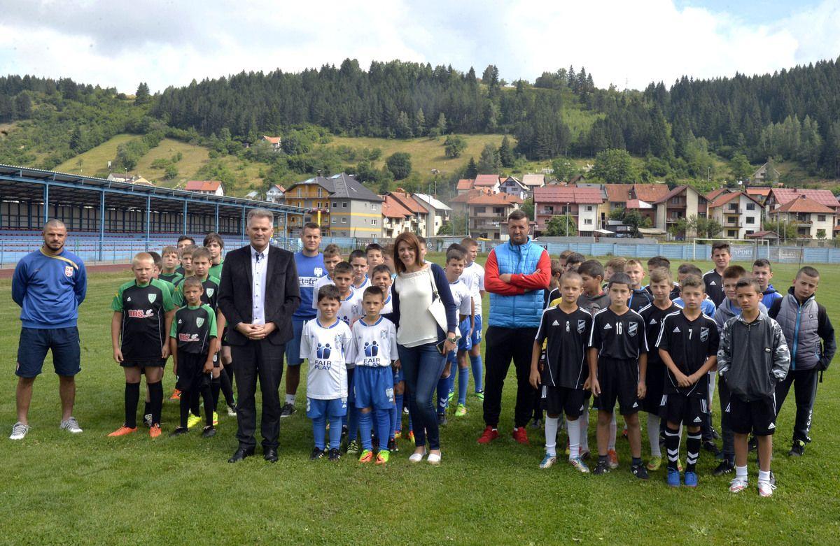 Prjateljski fudbalski turnir na Zlataru