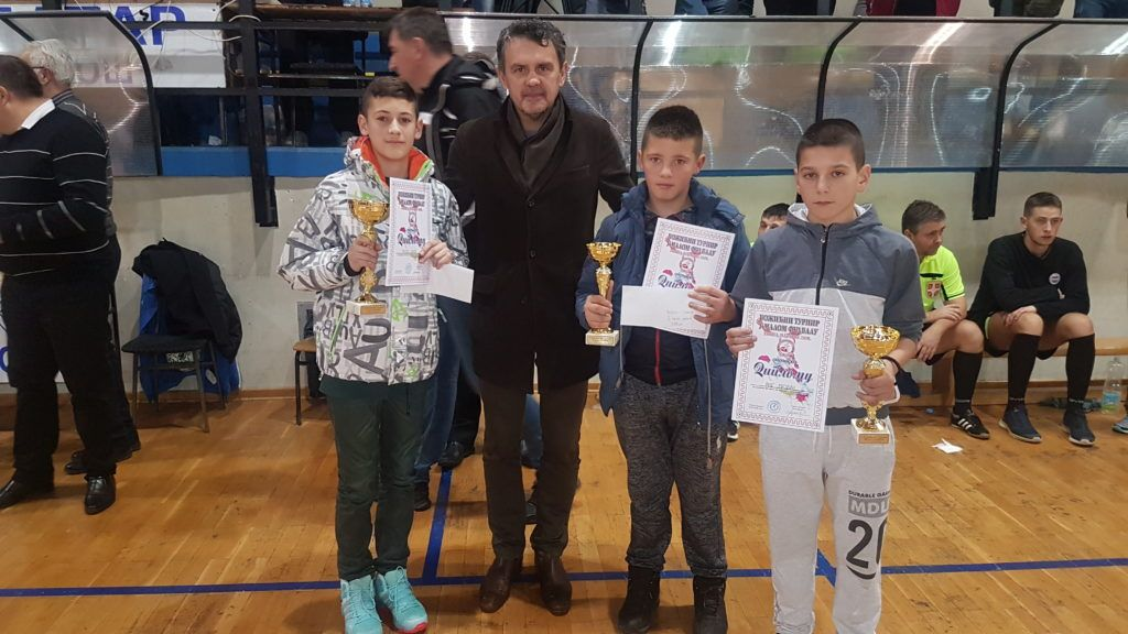 Наде нововарошког фудбала у друштву председника Скупштине Николе Јелића