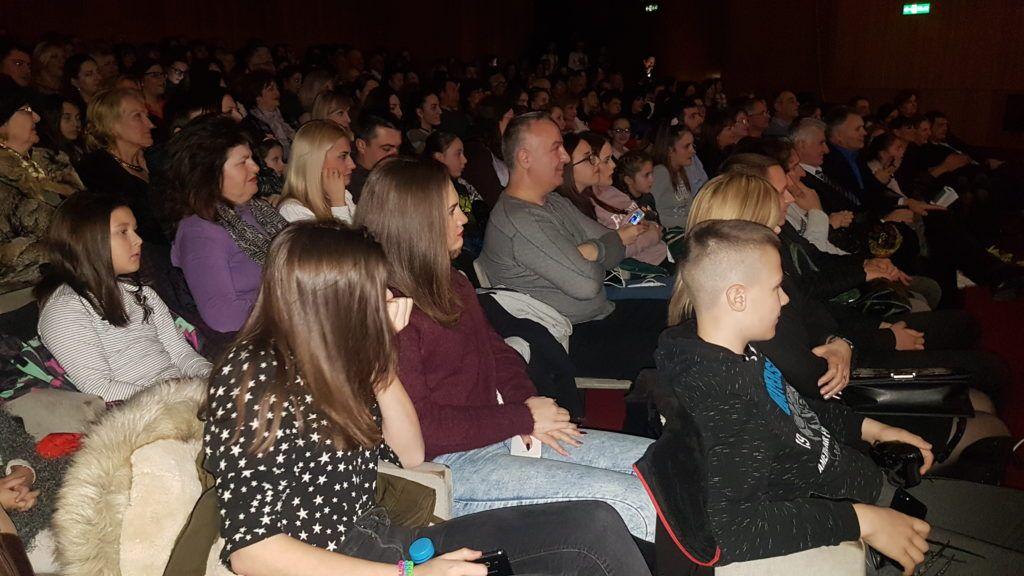 Многобројна публика на концерту Јелене Томашевић