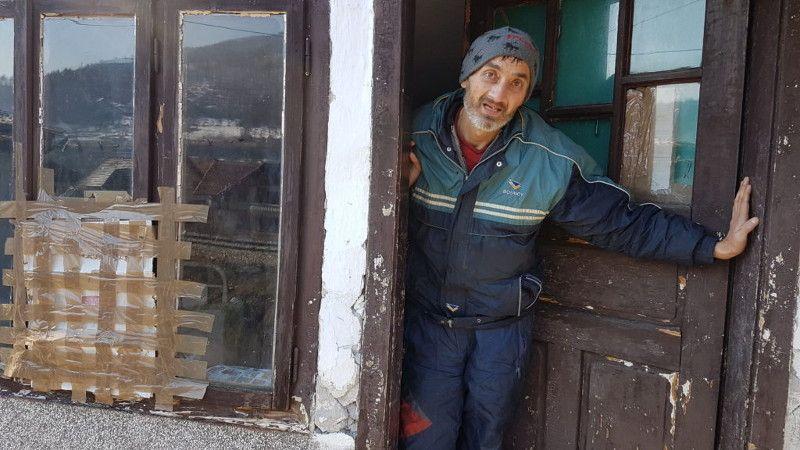 Отац породице Ненад Јешић тешко је оболео,