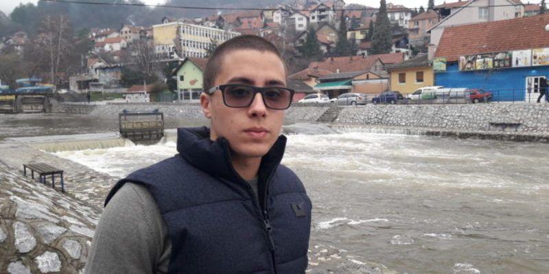 Огњен Дамљановић  -спасио је трогодишње дете из набујале Ђетиње