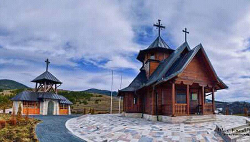 Црква брвнара у Драглици  (Фото: Милош Караклић)