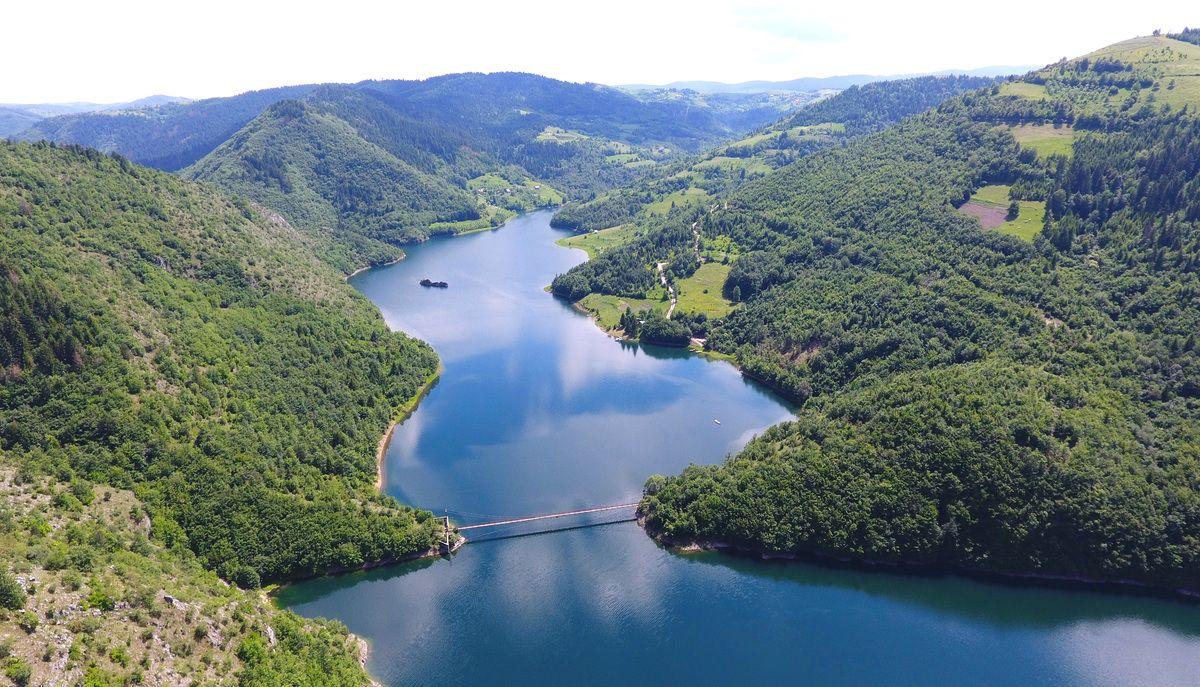 Златарско језеро, лепота крајолика у клисури Увца