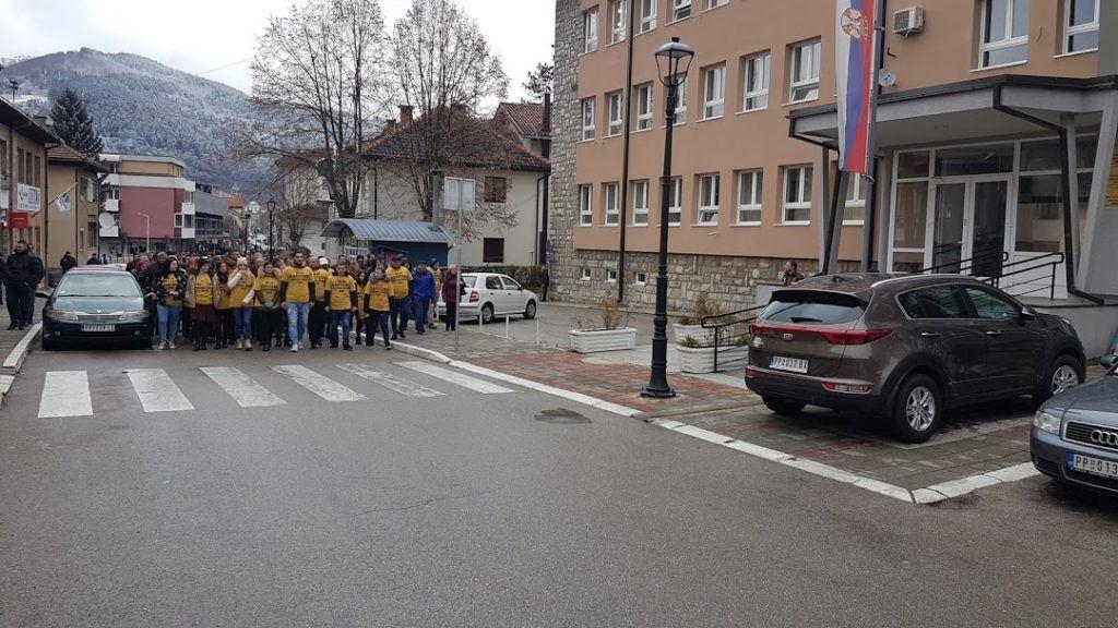 Шетња испред суда - мирни протест у Пријепољу
