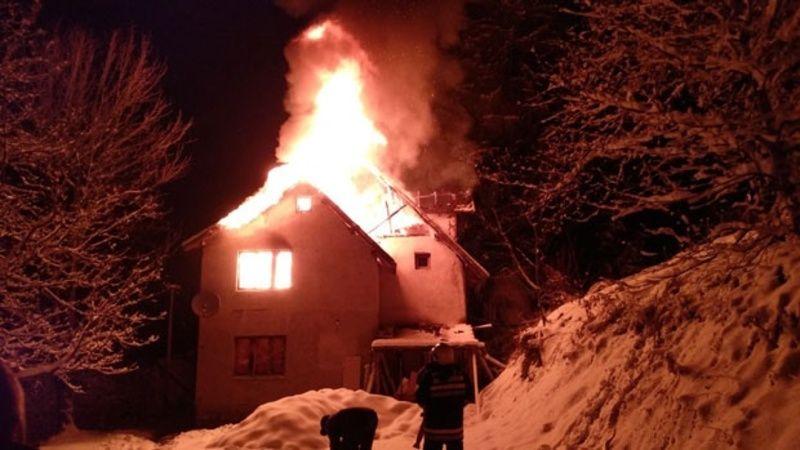 Ватрена стихија прогутала дом породице Мирка Малешића фото А. Ровчанин