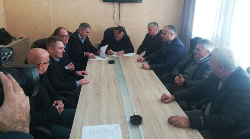 Потписивање уговора са пожешком компанијом Инмолд о закупу производних погона у Слободној зони Прибој