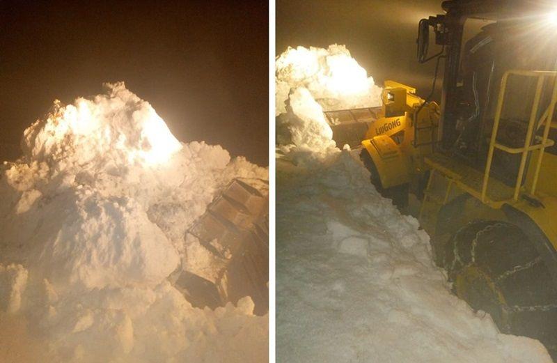 Машине предузећа Путева Златар  успеле су да пробију снежне сметове