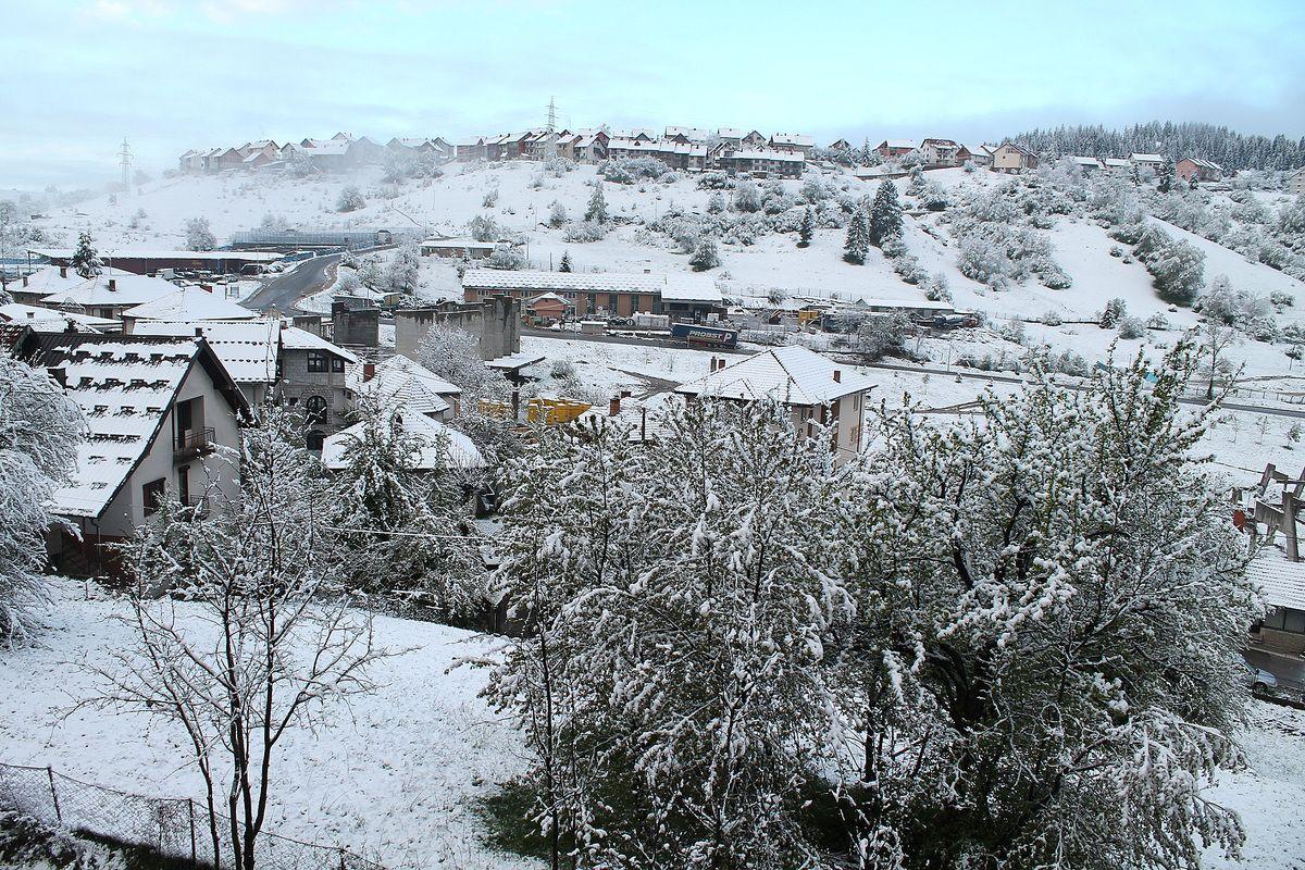 Снег 14. маја стигао по старом народном календару (Фото: Д. Гагричић)