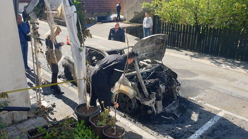 Запаљен аутомобил Николи Јелић