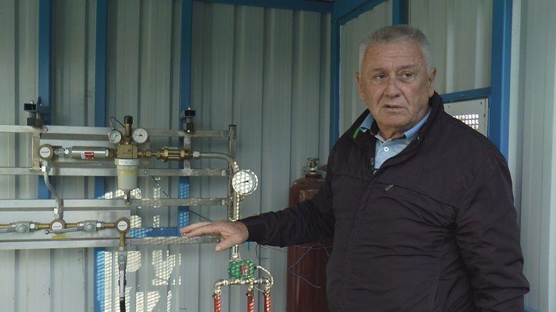 Велимир Илић, испред контролног места