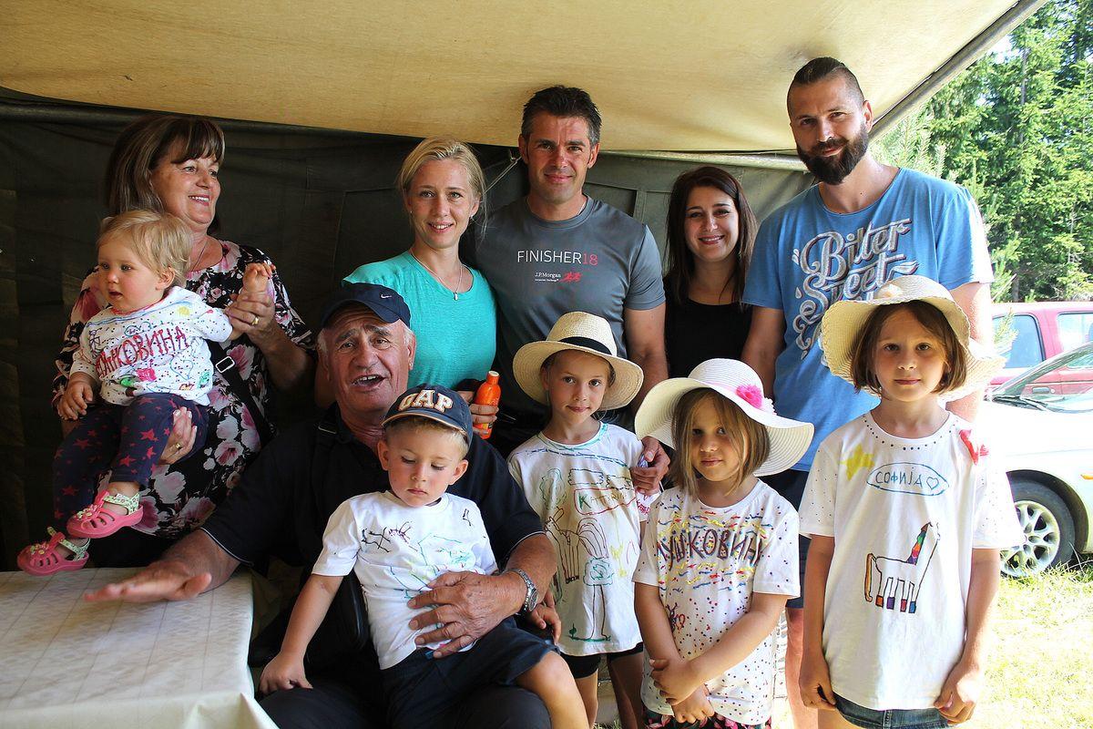 Породица Стојана Брајовић - стожер окупљања на вису Џаде