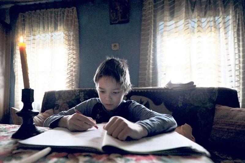 Моја мајка је одрасла у дому, али није имала родитељску љубав као ја, каже Александар,  фото: Милош Цветковић/ Рас Србија