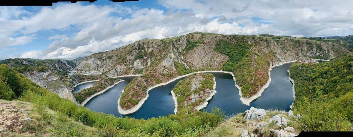 Меандри реке Увац