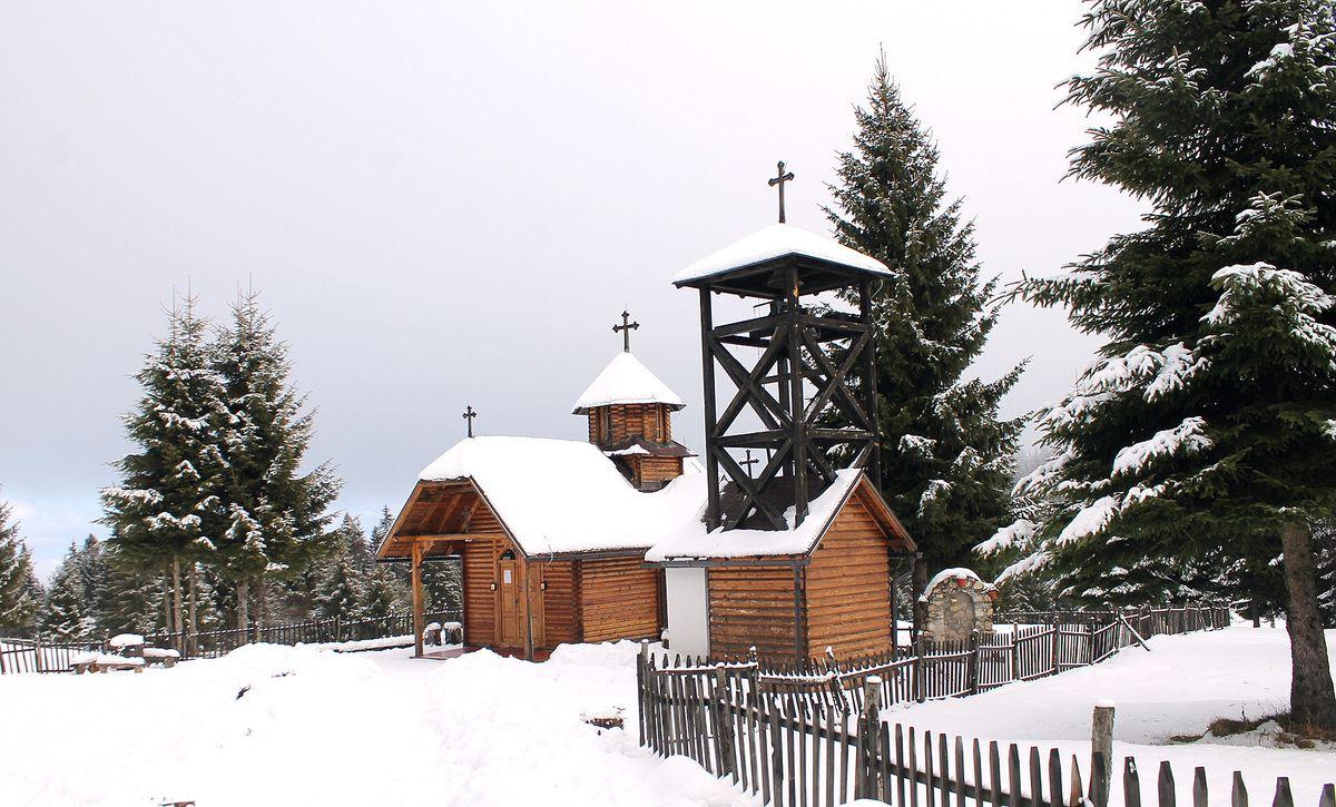 Црква Св. Козме и Дамјана на Воденој Пољани, (Фото: Д. Гагричић)