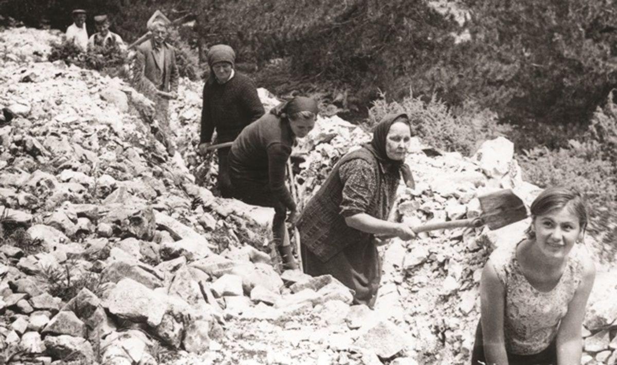 Радне акције на довођење воде на Муртеници