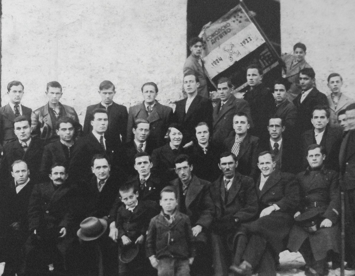 Углед - Соколско друштво 1933.  године