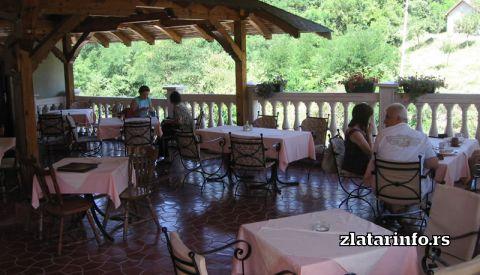 """Restoran sa prenoćištem """"Filipovi"""" Bistrica"""