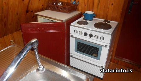 """Kuhinja - Brvnara """"Murtenica"""""""