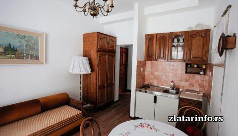 """Apartman 2 - Vila """"Vuk"""" Zlatar"""