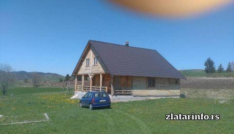 """Vila """"Zborište"""" Uvačko jezero"""