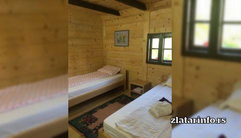 Soba- Etno kuća Ilić