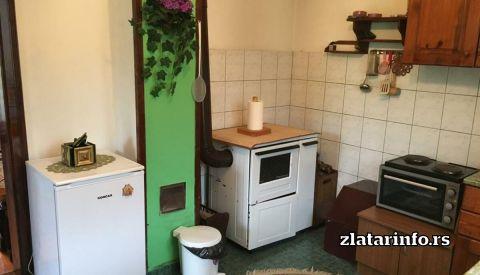 """Kuhinja - Kuća za odmor """"Amzići"""" Zlatarsko jezero"""
