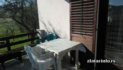"""Terasa - Kuća za odmor """"Amzići"""" Zlatarsko jezero"""