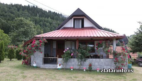 """Vila """"Mir"""" Zlatarsko jezero"""