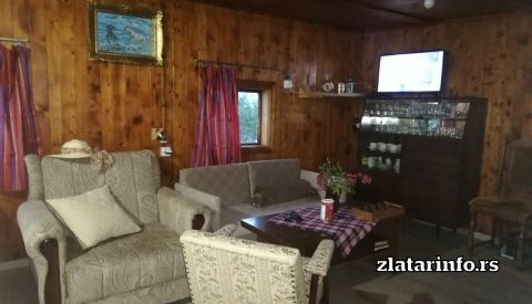 Vila Zlatarski raj Uvačko jezero