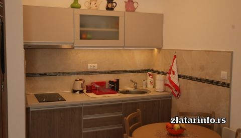 "Kuhinja i trpezarija - Apartman ""Zlatarski sjaj"" Zlatar"