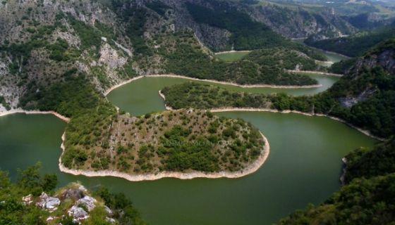 Uvačko jezero