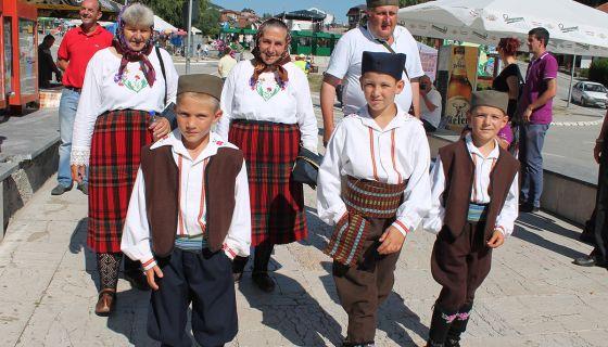 Stasava podmladak - pevaci iz sela na padinama Murtenice