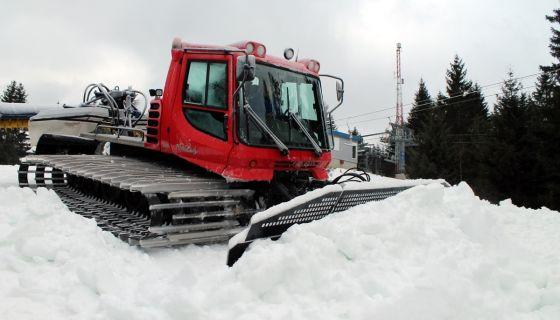 Priprema ski staze skijaliste Zlatar