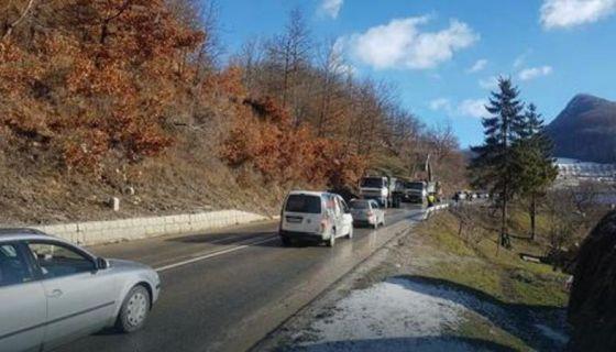 Одрон на путу Нова Варош - Пријепоље успорио саобраћај