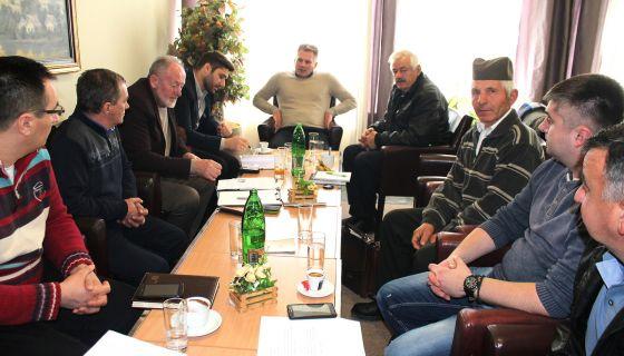 Пут је стратешки пројекат за опстанак краја – са договора у Кушићима (Фото: Д.Гагричић)