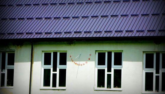 Suncani sat na skoli u Akmacicima