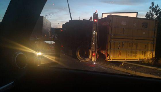 Камион - саобраћајка